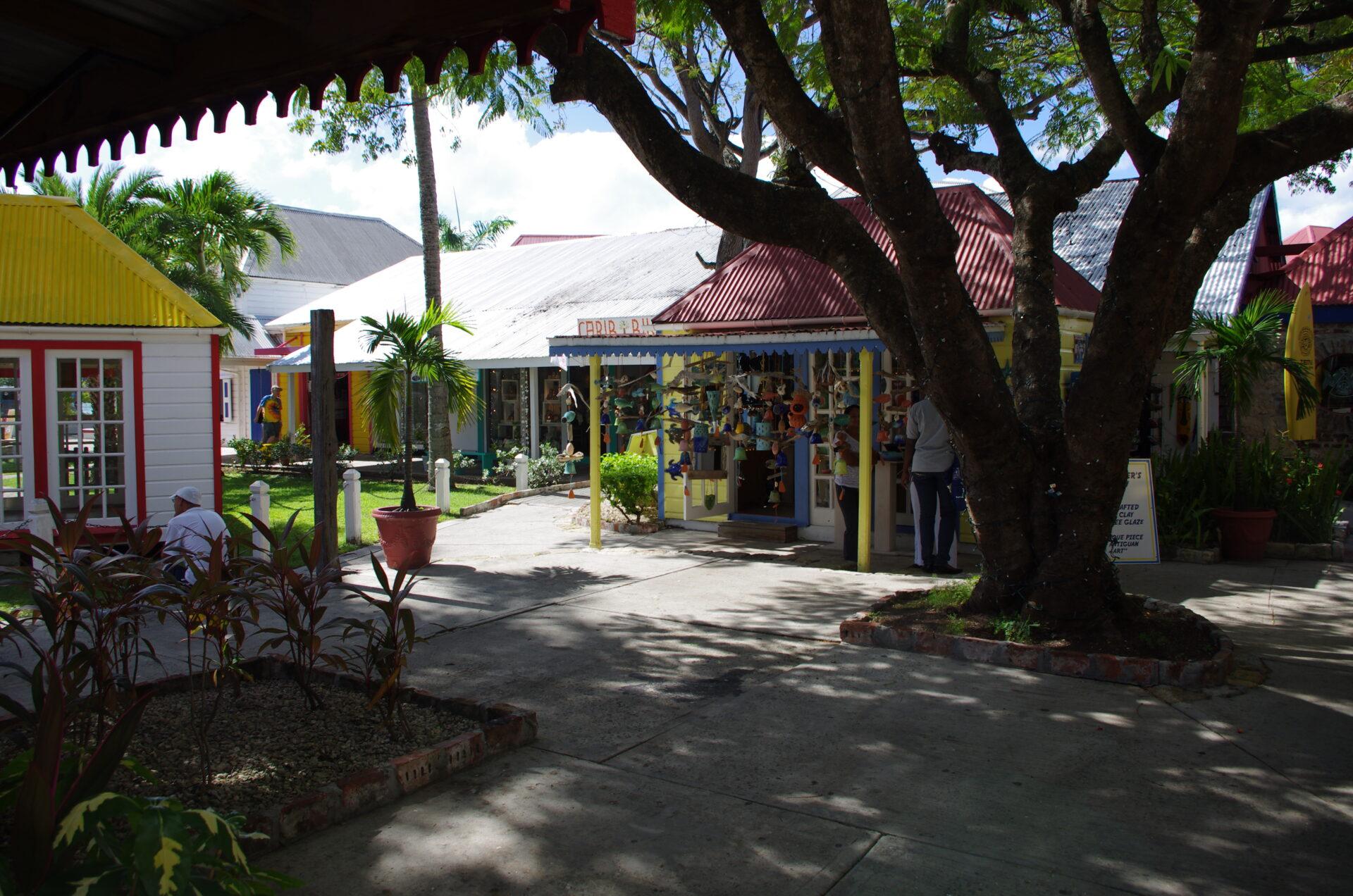 Tommy Bahama, St. John's Antigua